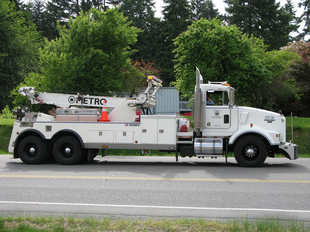 about Services Offered By Tow Truck Companies